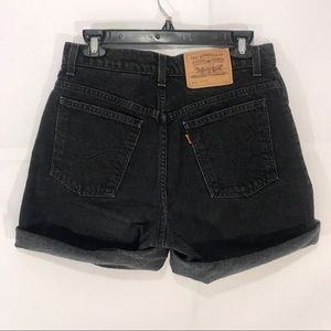 Levi's High Waisted mom jeans size 9 black